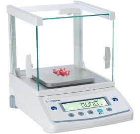 CY 220 Precision Scale from Aczet