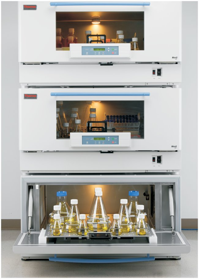 MaxQ 8000 Stackable Incubated and Refrigerated Shaker 120V from Thermo Fisher Scientific Image